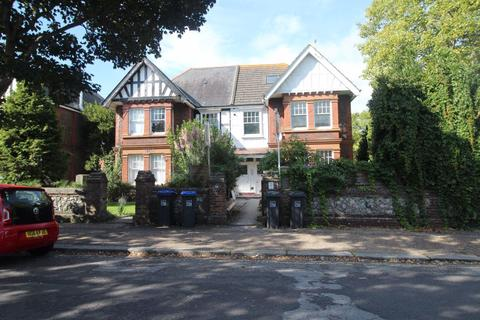 Studio to rent - St Botolphs Road, West Sussex