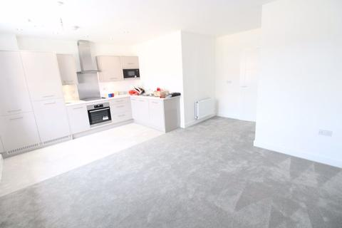 2 bedroom flat to rent - Beautiful, brand new 2 bed Kimpton Road p9906