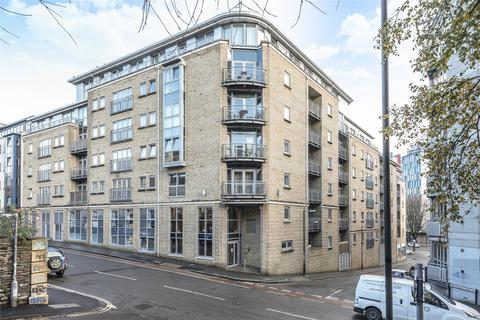 2 bedroom flat for sale - Hamilton Court,Montague Street, BS2 8NY
