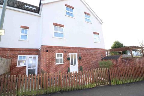 2 bedroom flat to rent - Grosvenor Road, West Wickham