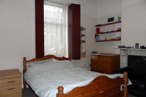 6 bedroom terraced house to rent - Crookesmoor Road, SHEFFIELD S6