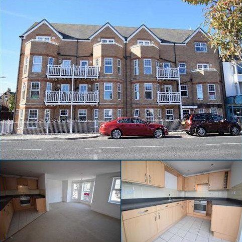 2 bedroom apartment to rent - Promenade, Bridlington YO15