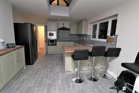 5 bedroom house share to rent - Copenhagen Road, Gillingham, Kent