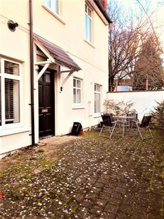 2 bedroom flat to rent - Beautiful modern two bedroom ground floor flat