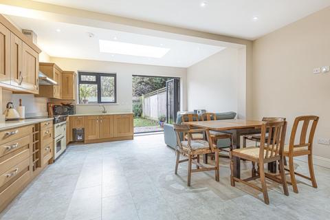 4 bedroom semi-detached house for sale - Ravenslea Road, Balham