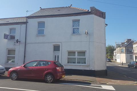 3 bedroom flat to rent - Barry Road, Barry , The Vale Of Glamorgan. CF63 1BA