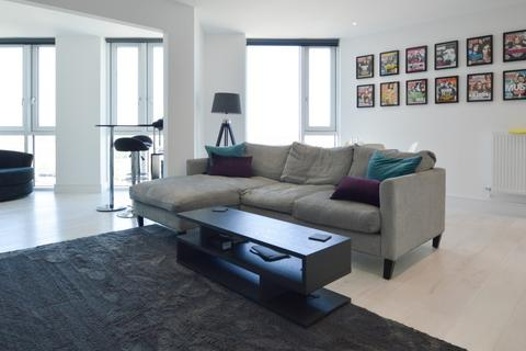 2 bedroom flat to rent - Sky View Tower, Stratford E15