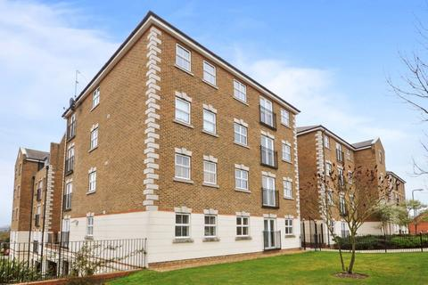 2 bedroom flat to rent - Brook Square, Woolwich SE18