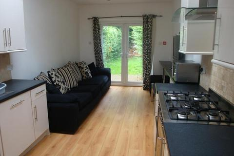 7 bedroom terraced house to rent - Tiverton Road, Selly Oak