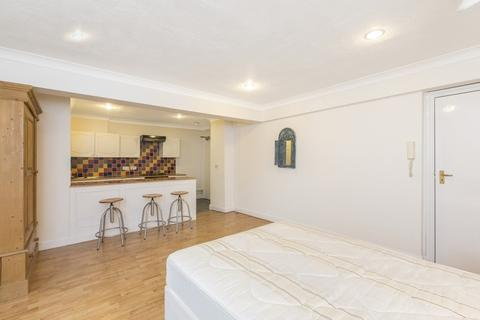 Studio to rent - 111 Gloucester Place, Marylebone