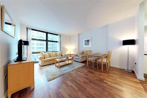 1 bedroom flat to rent - Discovery Dock Apartments West, 2 South Quay Square, London, E14