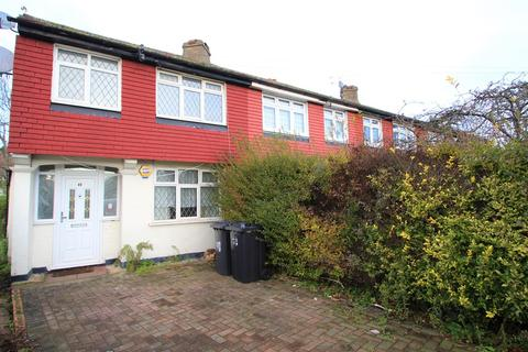 3 bedroom end of terrace house to rent - Barnsbury Crescent, Surbiton