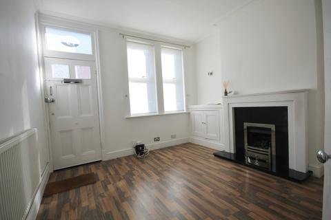 3 bedroom terraced house to rent - Lord Byron Street, Knighton, Leicester LE2