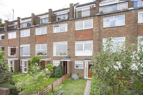 3 bedroom property to rent - Capstan Square, London, E14