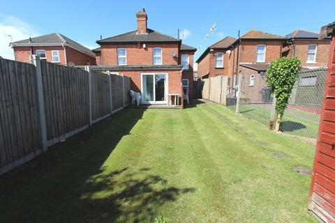 5 bedroom semi-detached house to rent - Wimborne Road, Bournemouth