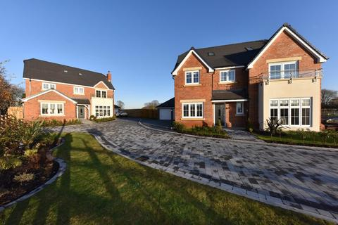 4 bedroom detached house for sale - The Chantry, Church Lane, Sandbach