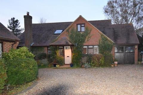2 bedroom detached bungalow for sale - Rosebery Close, Hoggeston