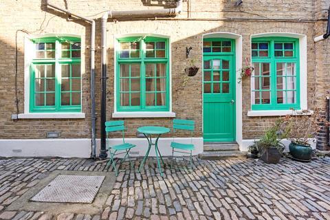 2 bedroom apartment for sale - Jowett Street, London