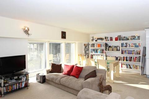 2 bedroom apartment to rent - Sanctuary Street, London, SE1