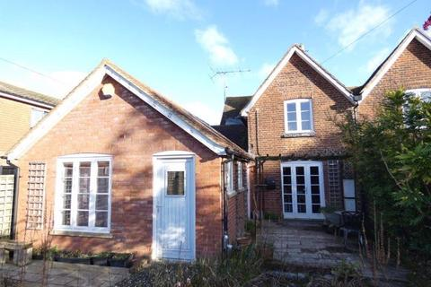4 bedroom semi-detached house to rent - Whitstable Road, Blean, Canterbury