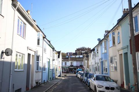 4 bedroom house to rent - St Mary Magdalene Street, Brighton,
