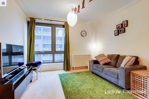 1 bedroom flat to rent - Trentham Court, Victoria Road, London W3