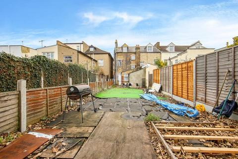 1 bedroom flat for sale - Grange Park Road, London E10