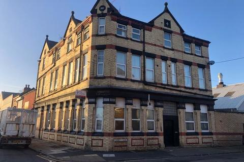 2 bedroom flat to rent - Marsh Lane, Bootle