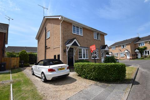 2 bedroom semi-detached house to rent - Hyacinth Close, Creekmoor, Poole
