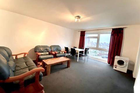 2 bedroom flat to rent - Granville Road, Wood Green