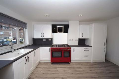 2 bedroom maisonette for sale - Eglinton Road, Plumstead, London, SE18