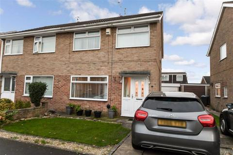 3 bedroom semi-detached house for sale - Cullingworth Avenue, Hull, HU6