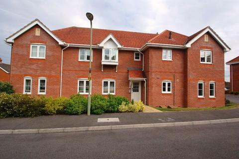 2 bedroom flat to rent - Spinney Road, Ludgershall