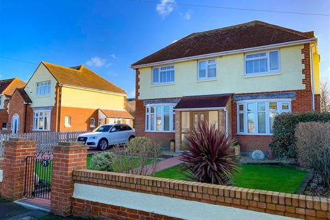 3 bedroom detached house for sale - Marina Gardens in Rodwell, Southerly Garden