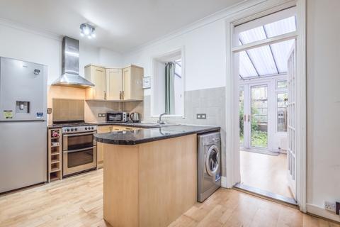 3 bedroom house to rent - Carlton Park Avenue Raynes Park SW20