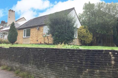 2 bedroom bungalow to rent - Oak Green, Billericay