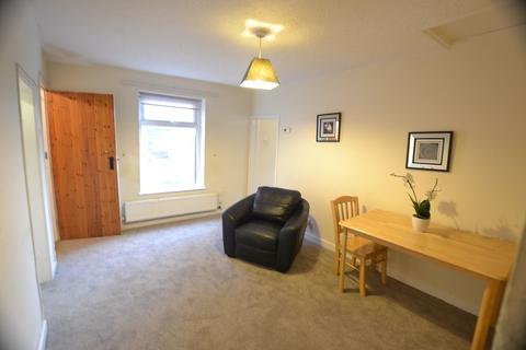1 bedroom flat to rent - Cross Street, Macclesfield, SK11 7PG