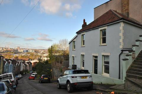 2 bedroom end of terrace house to rent - Park Street, Totterdown, Bristol, BS4 3BJ