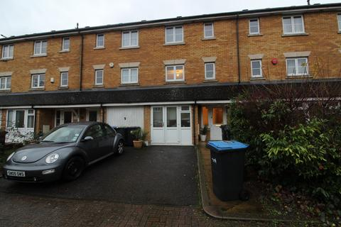 3 bedroom townhouse to rent - Westminster Drive, Palmers Green, N13