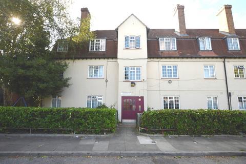 2 bedroom flat for sale - Winchfield Road London SE26