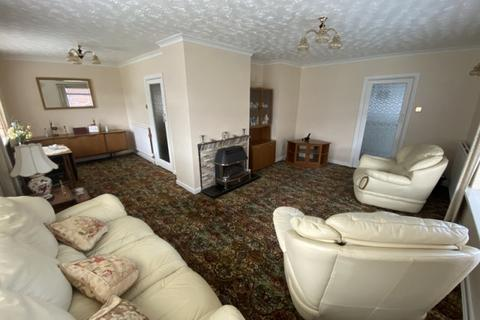 3 bedroom house to rent - 6 Hartfield Close Sketty Swansea