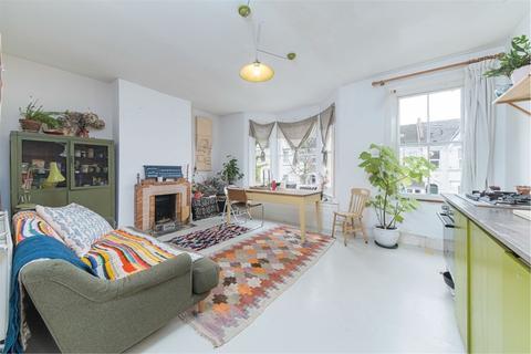 2 bedroom flat for sale - Falmer Road, Walthamstow, London