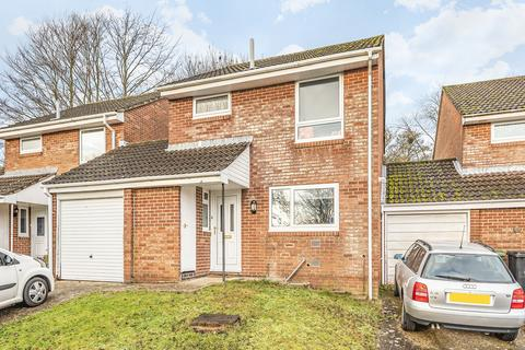 4 bedroom semi-detached house to rent - May Tree Close, Badger Farm