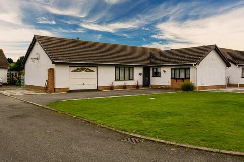 4 bedroom detached bungalow for sale - Llynnon Park, Llanfachraeth, Isle of Anglesey, North Wales