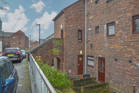 3 bedroom maisonette for sale - Layton Road, Brentford