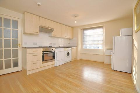 Studio to rent - Picton Street