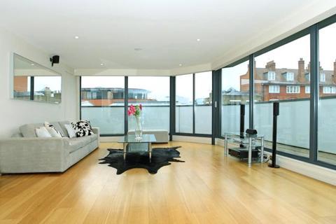 2 bedroom apartment to rent - Sudrey Street, London, SE1
