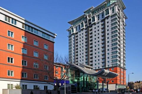 2 bedroom apartment to rent - Perspective Building, 100 Westminster Bridge Road, London, SE1