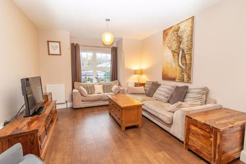 4 bedroom terraced house for sale - Hawarden Road, Caterham