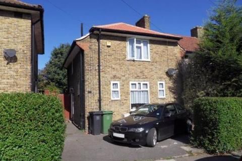 3 bedroom semi-detached house to rent - Overdown Road, London